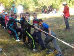 Весёлые старты у младших школьников